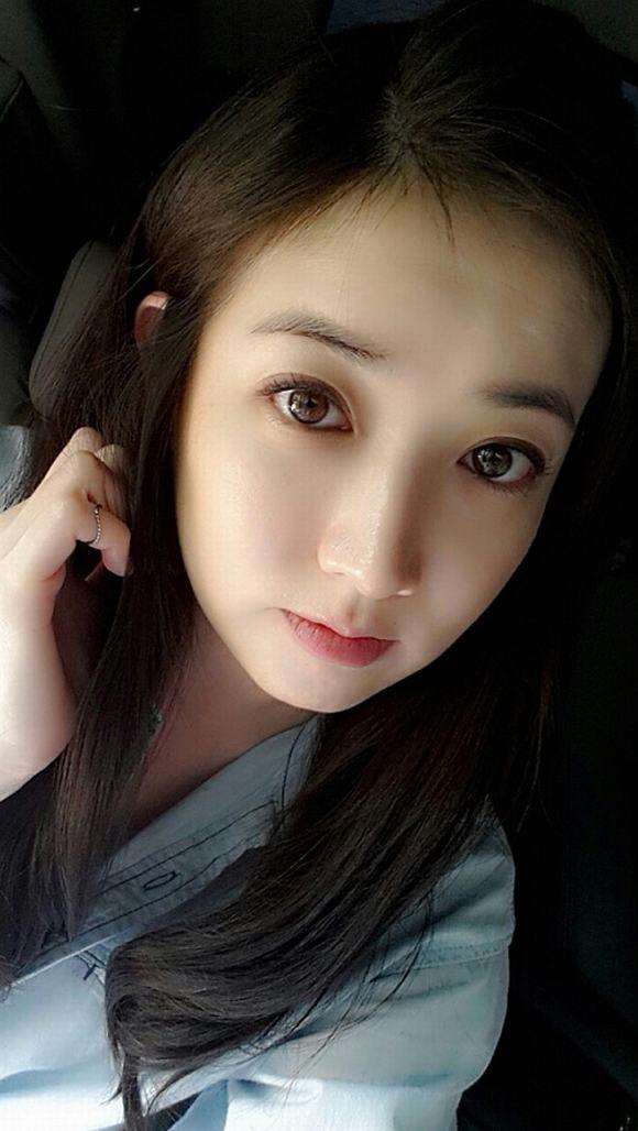 Mỹ nữ xứ Hàn mắt đẹp 6