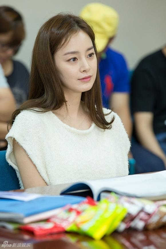 Kim Tae Hee gây xao xuyến với vẻ đẹp tựa nữ thần 11