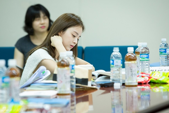 Kim Tae Hee gây xao xuyến với vẻ đẹp tựa nữ thần 2