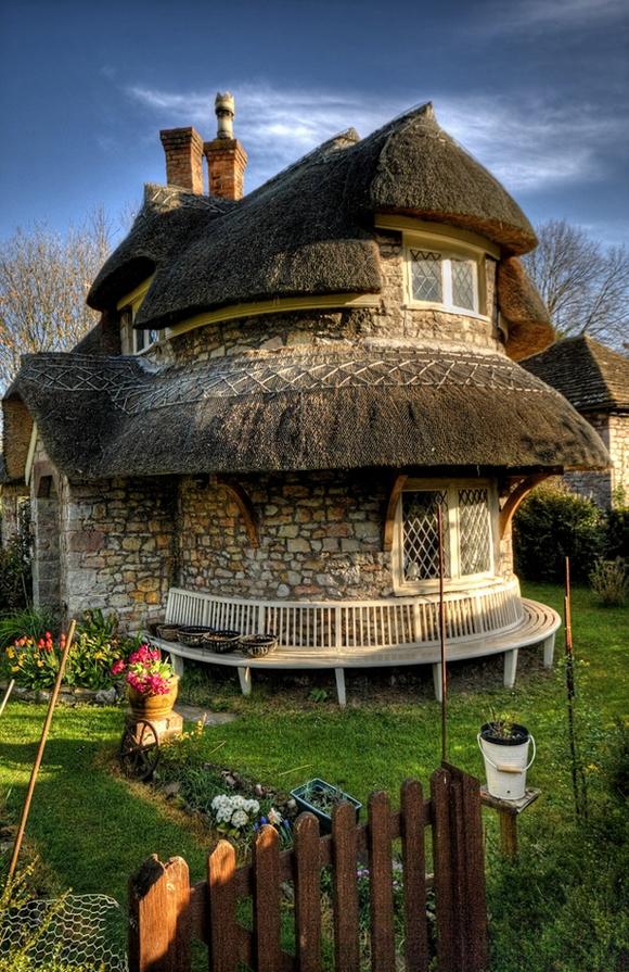 Những ngôi nhà đẹp như trong cổ tích 9