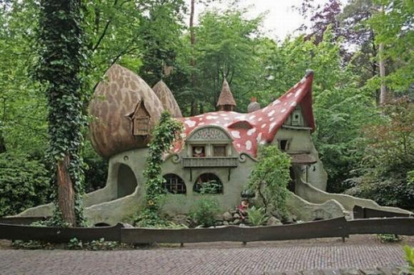 Những ngôi nhà đẹp như trong cổ tích 5