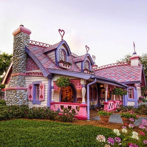 Những ngôi nhà đẹp như trong cổ tích 0