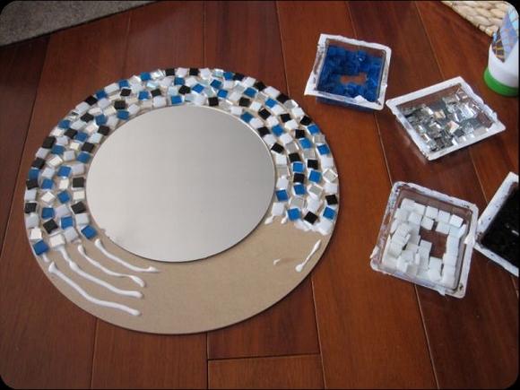 Trang trí gương đơn giản giúp làm đẹp không gian nhà 13