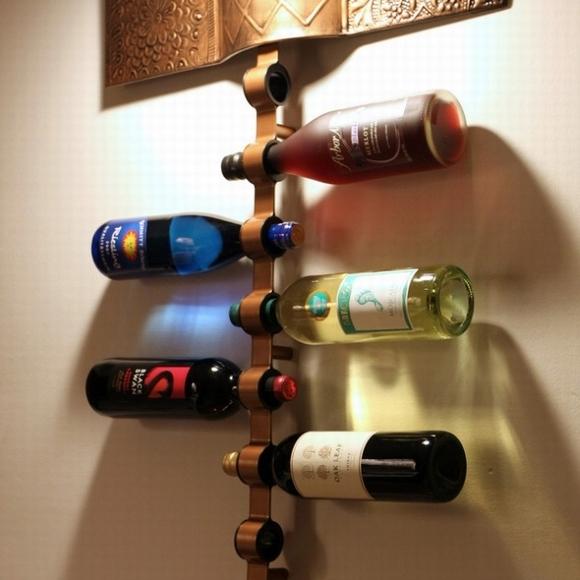 ke dung ruou trang tri nha them dep 1 ngoisao.vn Chia sẻ những cách tạo kệ đựng rượu trang trí nhà thêm đẹp