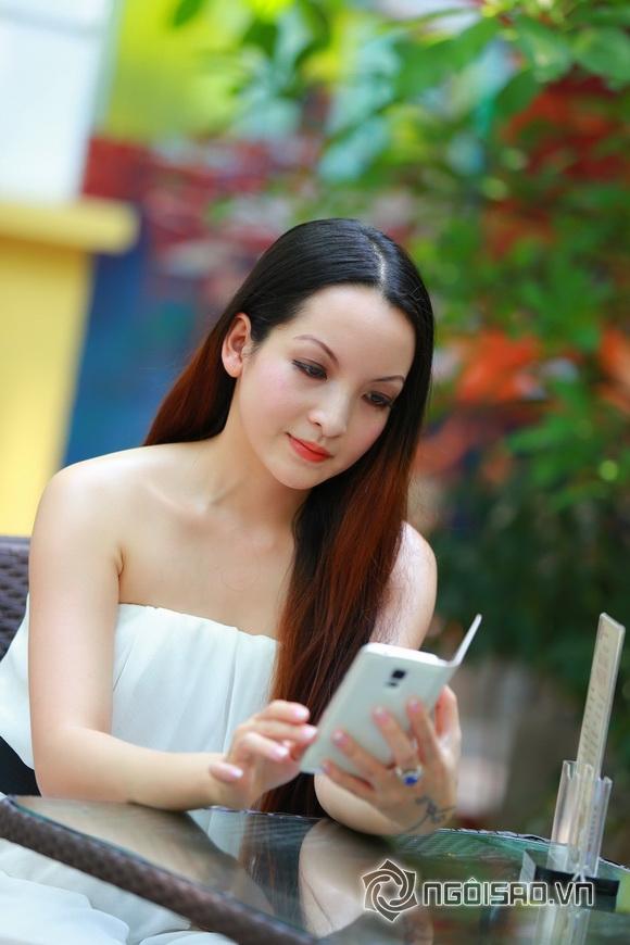 Diễn viên Linh Nga tái xuất 9