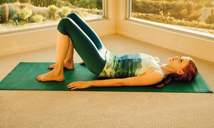đau lưng, đau cột sống, bài tập 2 phút, bài tập chữa đau lưng, bài tập 2 phút chữa đau lưng