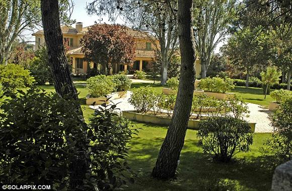 vo chong becks 1 ngoisao.vn Vợ chồng Becks bán nhà ở Madrid thu được 146 tỷ đồng