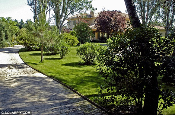 vo chong becks 4 ngoisao.vn Vợ chồng Becks bán nhà ở Madrid thu được 146 tỷ đồng