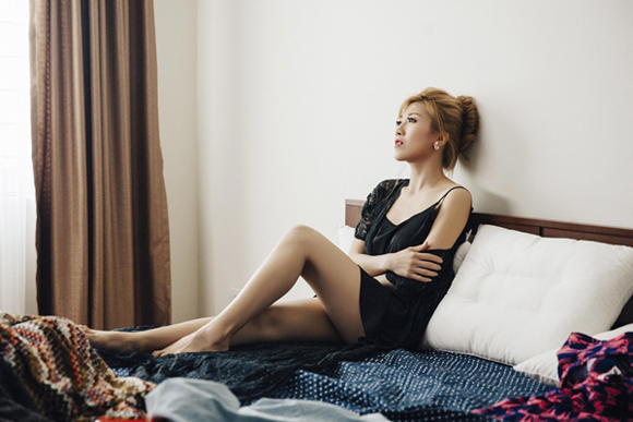 Trang Pháp, ca sĩ Trang Pháp, bạn gái Dương Khắc Linh, Trang Pháp vướng tình tay tư với Mr.T, MV Believe