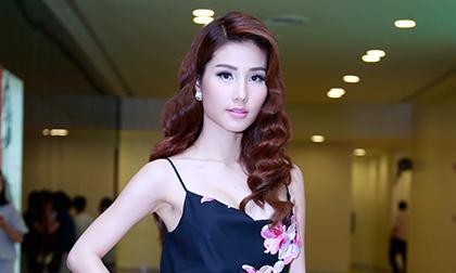 Minh Triệu, NTK Lê Thanh Hòa, Minh Triệu quyến rũ, BST Lê Thanh Hòa, người mẫu, nhà thiết kế