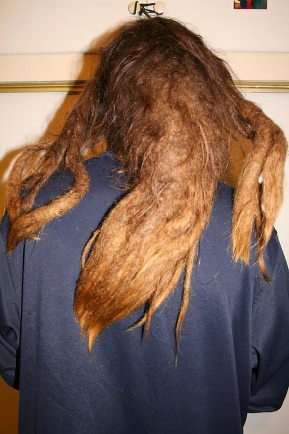 Hài hước với những mẫu tóc 'ai cũng phải ngước nhìn' 0