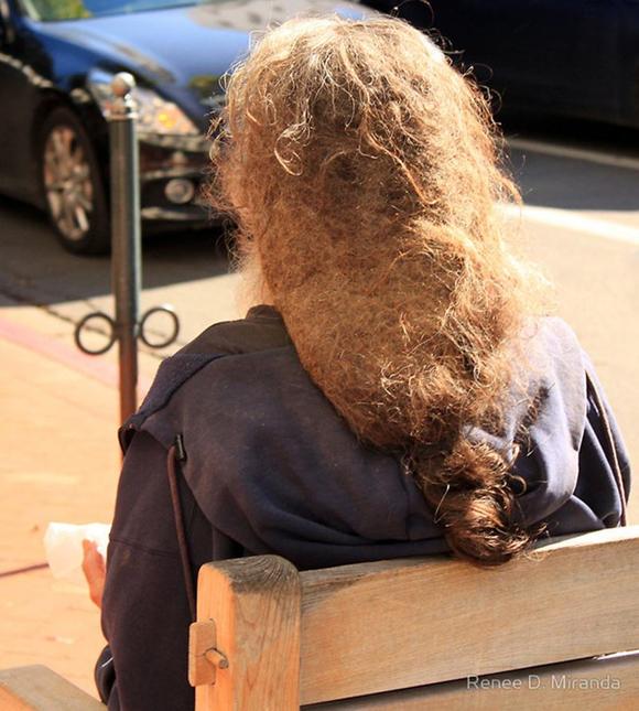 Hài hước với những mẫu tóc 'ai cũng phải ngước nhìn' 8