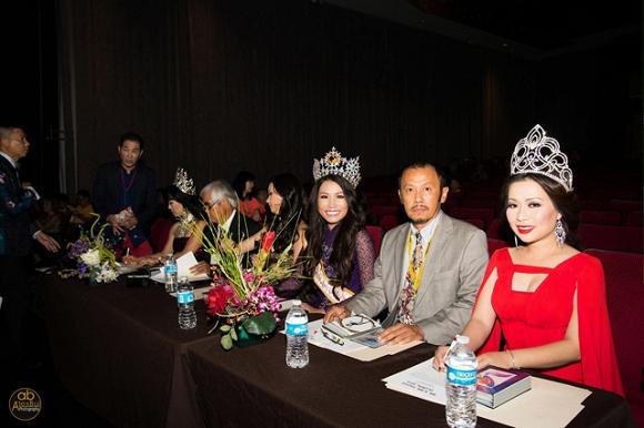 Hoa hậu gốc Việt Kelly Trang Trần 'đánh bật' dàn người đẹp với áo dài truyền thống