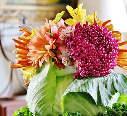 Cắm hoa vào bắp cải: sang nhà mà độc đáo - 3