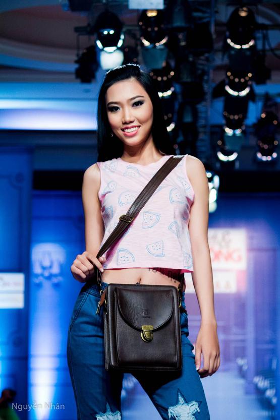 Quán quân model & Talent Sen Nhi Thu