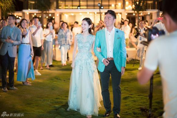 Hot girl trà sữa, đám cưới hot girl trà sữa, Chương Trạch Thiên, hot girl Trung Quốc, giới trẻ