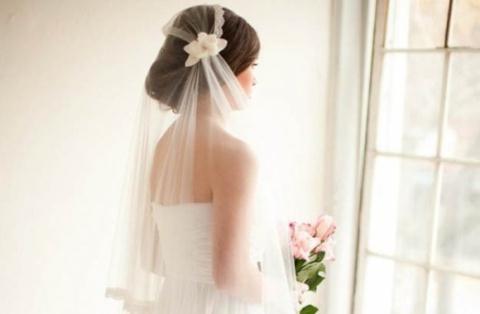 Ngày cưới, chồng tôi lĩnh cái tát trời giáng khi vừa bước xuống xe hoa