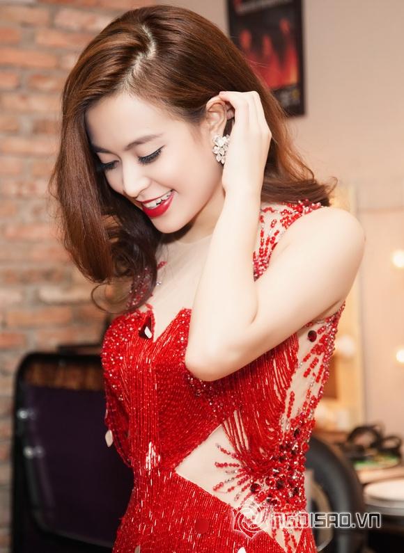 Hoàng Thùy Linh gợi cảm 5