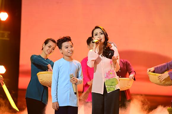 Vợ chồng Lưu Hương Giang đánh bại Dương Khắc Linh 6