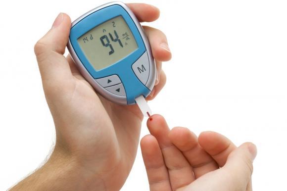 Quả hồng, hàm lượng vitamin A dồi dào, tăng cường hệ miễn dịch, điều chỉnh lượng đường trong máu, phòng chống các bệnh ung thư
