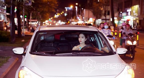 Dương Kim Ánh đẹp hút hồn khi diện đầm trắng tinh khôi làm giám khảo   0
