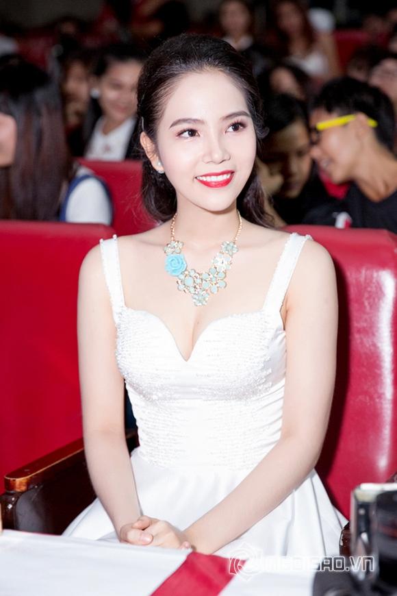 Dương Kim Ánh đẹp hút hồn khi diện đầm trắng tinh khôi làm giám khảo   4