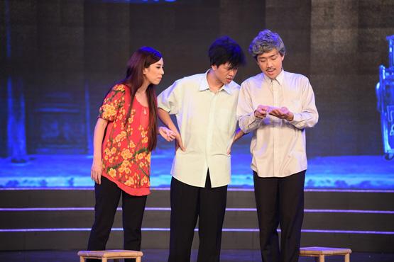 Trấn Thành bắt tay Thu Trang buôn bán 2