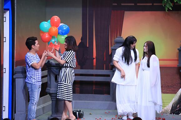 Chồng sắp cưới cầu hôn Vân Trang trên sóng truyền hình 0