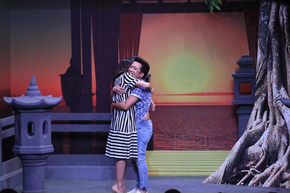 Chồng sắp cưới cầu hôn Vân Trang trên sóng truyền hình 2