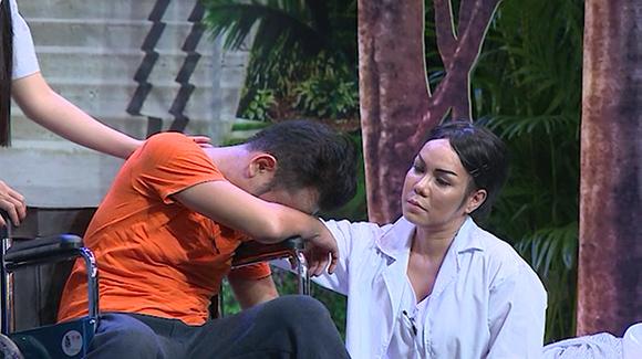 Chồng sắp cưới cầu hôn Vân Trang trên sóng truyền hình 7