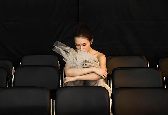 Angela Phương Trinh đẹp mong manh phớt lờ nghi án hẹn hò CSGT 7
