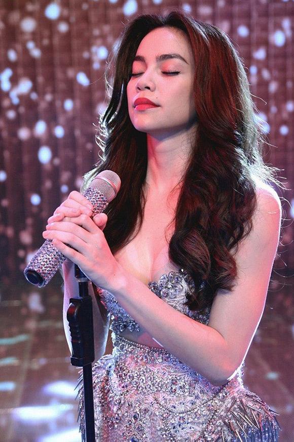 Hồ Ngọc Hà bất ngờ bị loại khỏi ZMA 2015 vì scandal 0