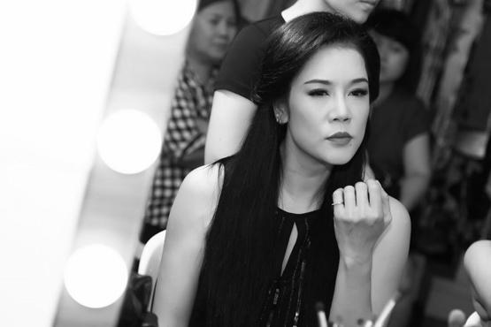 ca sĩ Thu Phương trở về 0