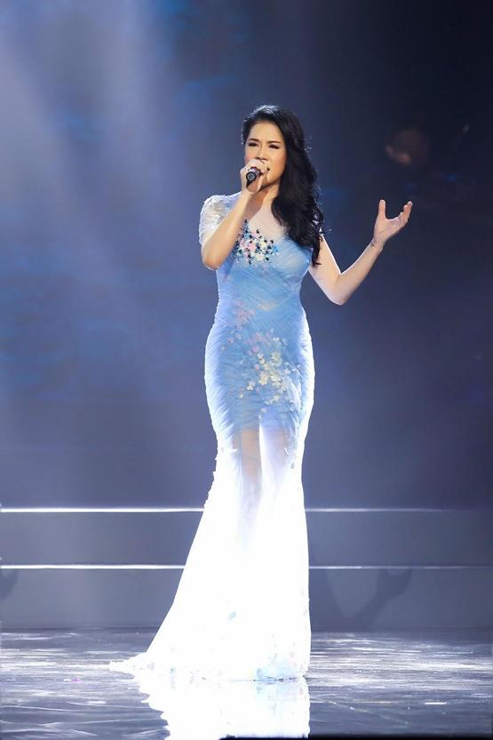 ca sĩ Thu Phương trở về 1