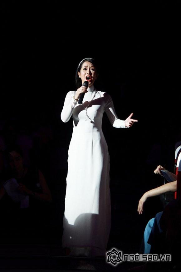 Hồng Nhung, ca sĩ Hồng Nhung, diva Hồng Nhung, sao việt, Hồng Nhung khoe dáng, bà mẹ 2 con Hồng Nhung