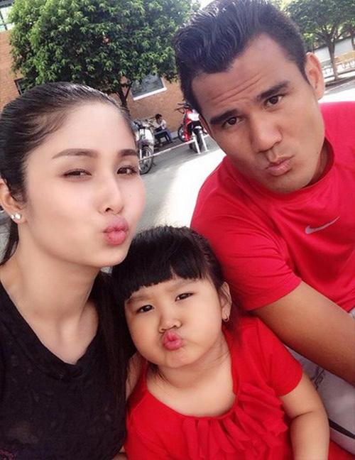 cầu thủ và mỹ nhân Việt 16