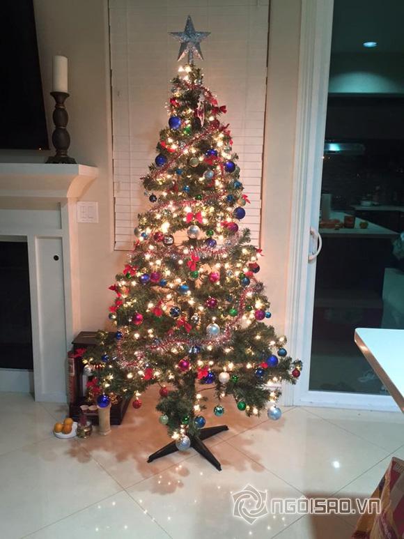 Ngọc Quyên đón Noel 0