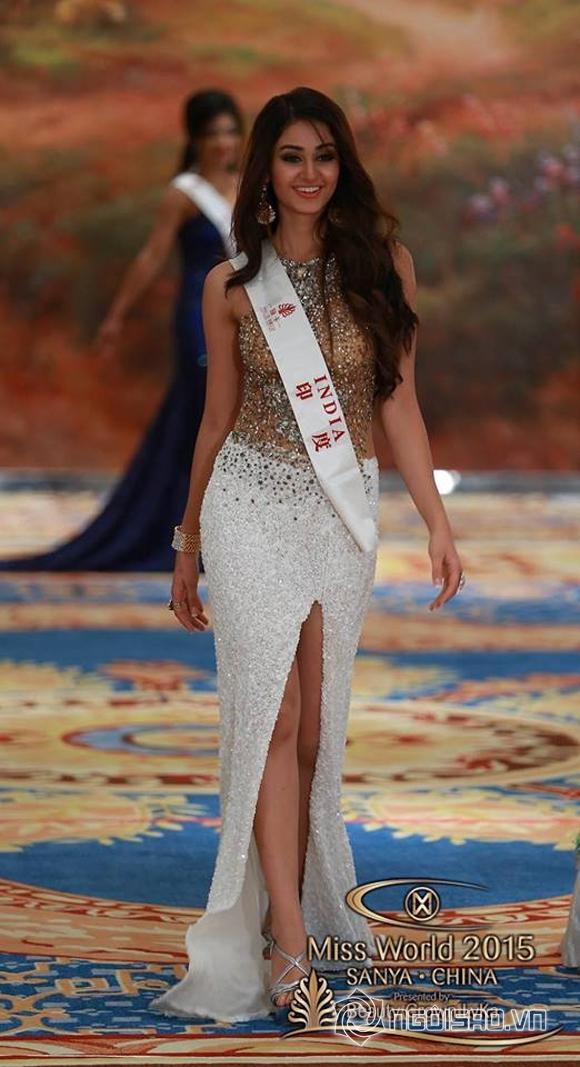 Váy dạ hội của Lan Khuê lọt top 10 trang phục đẹp nhất 11