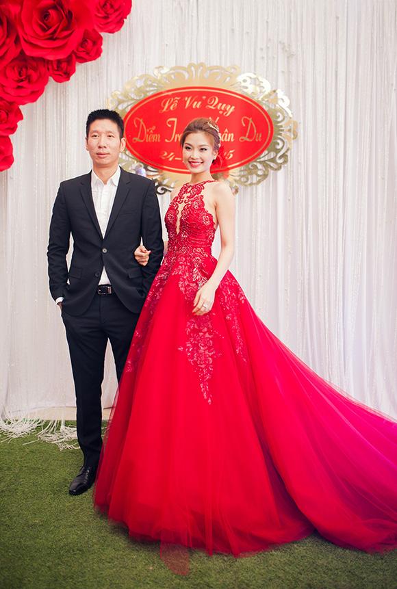 Đám cưới ngập tràn không khí Giáng sinh của Á hậu Diễm Trang 12