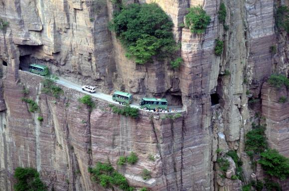 15 con đường nguy hiểm nhất thế giới mà bạn chưa hề biết 28