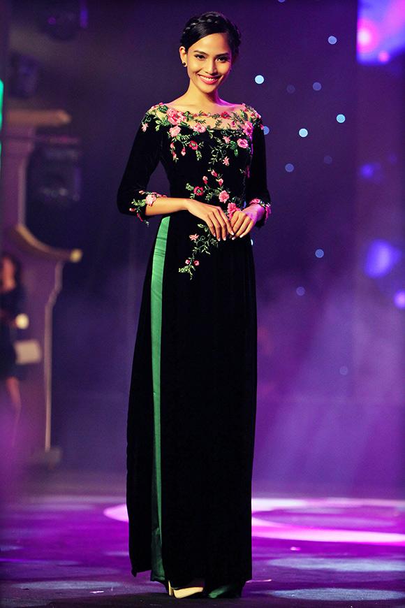 Trương Thị May biến hóa với mái tóc dài đẹp nhất showbiz
