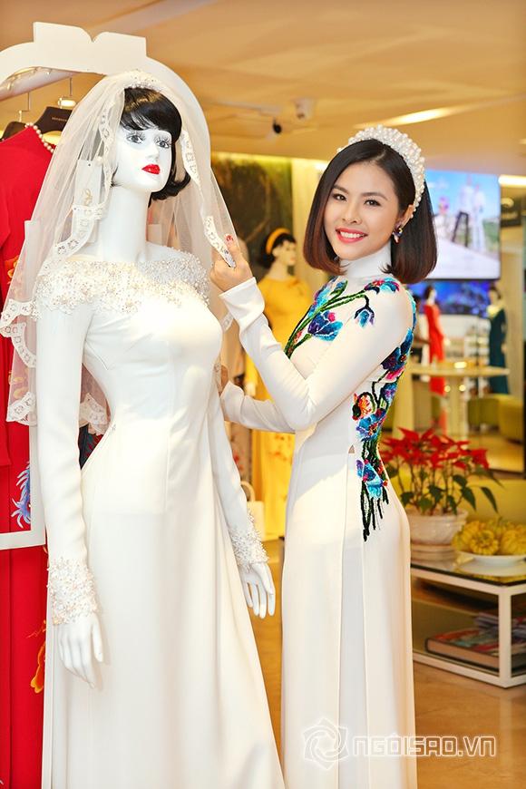 Vợ chồng Vân Trang lái xế hộp tiền tỷ đi thử trang phục cưới 8