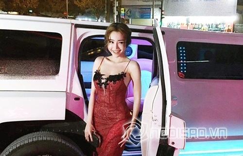 <a target='_blank' href='https://www.phunuvagiadinh.vn/elly-tran.topic'>Elly Trần</a> khiến toàn bộ quan khách xuýt xoa  0