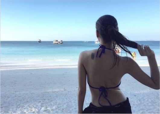 Loạt mỹ nhân Thái khoe hình xăm 'độc' trên cơ thể gợi cảm 25