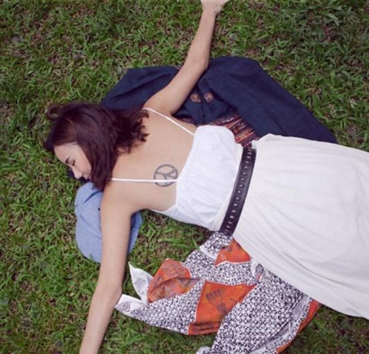 Loạt mỹ nhân Thái khoe hình xăm 'độc' trên cơ thể gợi cảm 14