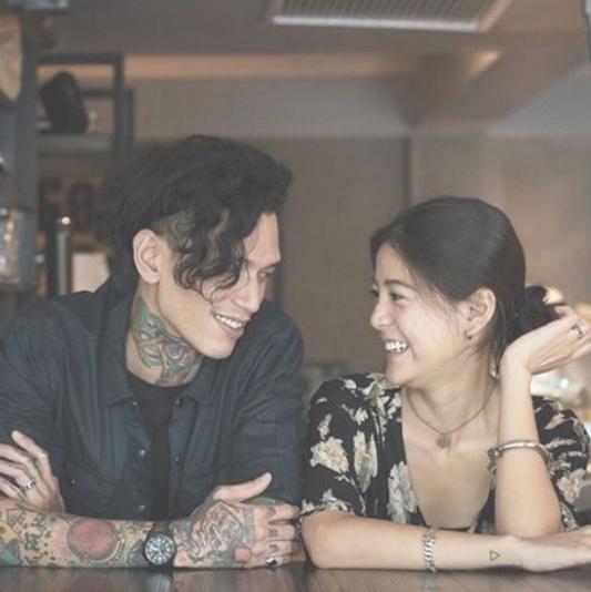 Loạt mỹ nhân Thái khoe hình xăm 'độc' trên cơ thể gợi cảm 23