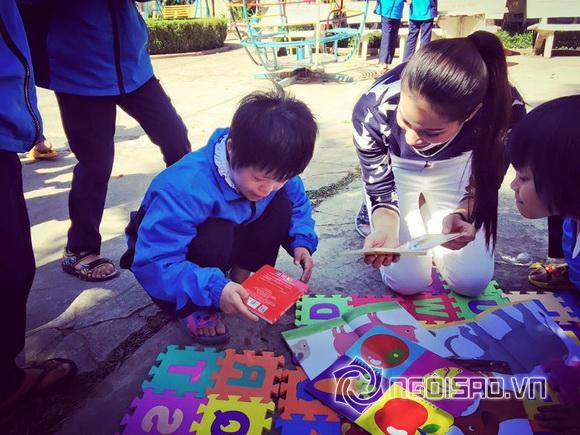 Hoa hậu Việt đi từ thiện 8
