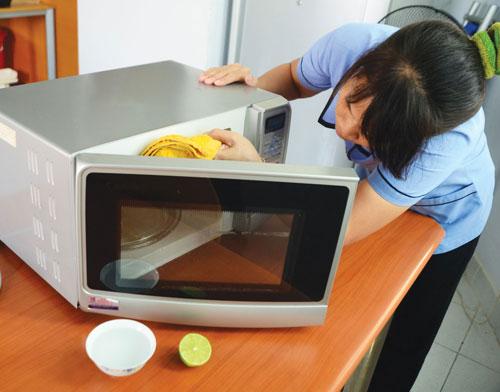 làm sạch các thiết bị nhà bếp 0