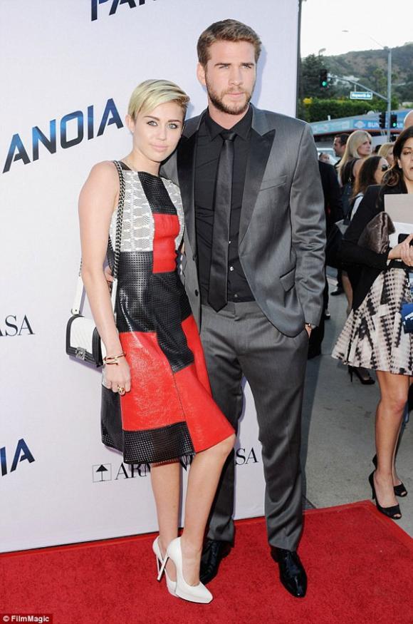 Miley Cyrus mua biệt thự 55 tỷ đồng gần nhà tình cũ sau khi tái hợp 5