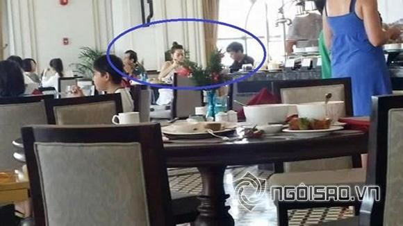 Ngay sau đó, ảnh nữ ca sĩ ăn sáng cùng Chu Đăng Khoa với sự xuất hiện của bố ruột đã được chia sẻ